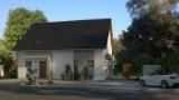 Modernes und geräumiges Generationshaus mit separater Einliegerwohnung auf einem schönen Grundstück