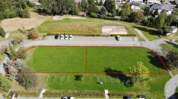 Zwei schöne, ruhig gelegene, erschlossene & topfebene Grundstücke mit je ca. 900 m² in Muldenhammer