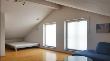 2 Zimmer Dachgeschoss-Wohnung in Landsham/Mü-Ost