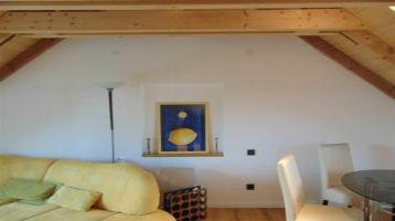 Kernsanierte - 2-Zimmer Atelierwohnung möbiliert - mit Terrasse