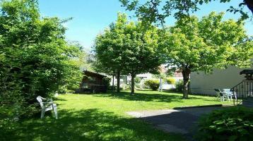 Schönes Grundstück mit Baugenehmigung für EFH und DHH; Realteilung möglich - nahe Lerchenauer See