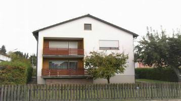 Zweifamilienhaus mit Ausbaupotenzial in unmittelbarer Zentrumslage