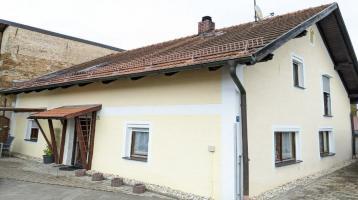 Gepflegtes Einfamilienhaus im Ortszentrum in Stamsried