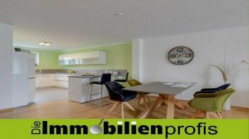 1703 - Traumhafte 4 Zimmer-Eigentumswohnung mit eigenem Gartenanteil in Hof-Krötenbruck