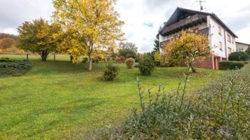 Großzügiges Ein-/Zweifamilienhaus in Rödental / OT Rothenhof zu verkaufen