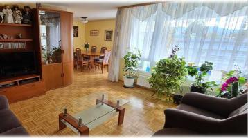 Schöne 3,5-Zimmer Wohnung in toller Lage mit Aufzug - provisionsfrei -