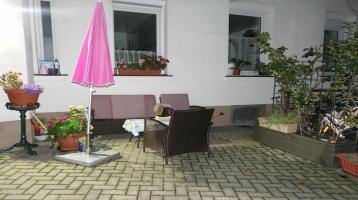 2 8 9. 0 0 0,- für 4 Zimmer 9 7 qm Wohnung + BALKON + TERRASSE im Innenhof in ruhiger Wohnlage