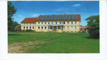 Imposantes Mehrfamilienhaus auf ehem. Gutshof + Doppelhaus