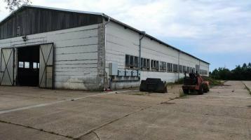2 große Lagerhallen auf 5.000 m² Grundstück als Gewerbeimmobilie
