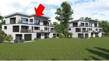 Neuwertige 3-Raum-Penthouse-Wohnung mit Balkon und Einbauküche in Eschenbach i. d. OPf.