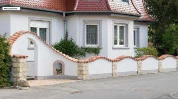 Einfamilienhaus mit Einliegerwohnung in 17139 Basedow, Gessiner Str.