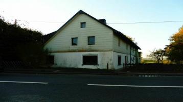 Außergewöhnliches Bauernhaus mit riesigem Grundstück!!!