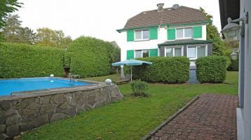 Stilvolles Mehrfamilienhaus / Schwimmbecken / Beste Lage