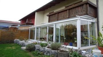 Für Kapitalanleger oder Eigennutzer! Tolle Doppelhaushälfte mit Wintergarten in Niederalteich