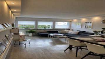 Modernisierte 3-Zimmer-Wohnung mit 2 Balkonen, Garage und EBK in Karlsruhe - ohne Makler
