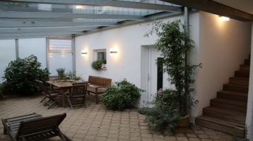 Charmantes, top gepflegtes Einfamilienhaus mit schönem, eingewachsenem Garten