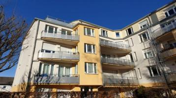 Helle Stadtwohnung mit Balkon in Bestlage Moosach