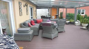Außergewöhnliche 6 Zimmer-ETW mit Wintergarten und Gartenanteil im Zentrum von Weißenburg