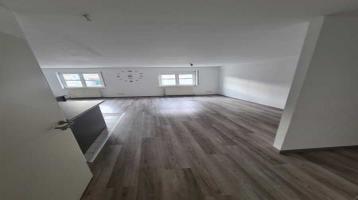 Gepflegte 2,5-Raum-Wohnung mit Einbauküche in Knittlingen