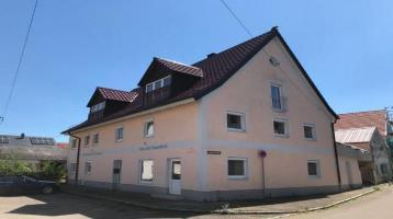 Einfamilienhaus mit Einliegerwohnung mit 8 Schlafzimmern für die große Familie