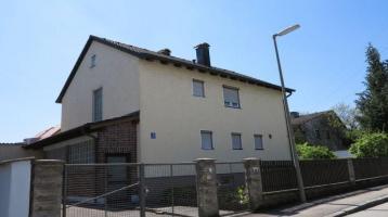 Mehrfamilienhausprojekt mit Baugenehmigung für 4 Wohneinheiten und 6 Garagen