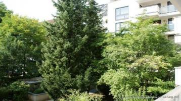 Quadratisch, praktisch, schick! Wohnung mit Potential in München-Altbogenhausen zum Verkauf!