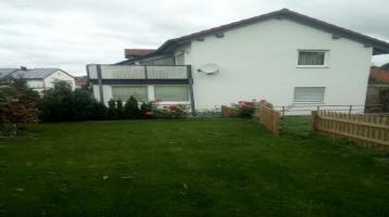 Zweifamilienhaus in zentraler Lage mit großen Garten ( vermietet )