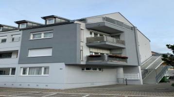 Attraktive 2 Zimmer Maisonette - Eigentumswohnung mit guter Ausstattung - Loggia - TG Stellplatz und EBK - im Herzen von Ettlingen