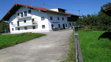 sanierungsbedürftiges Haus mit Bergblick, eventuell zusätzlich bebaubar