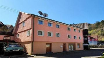 Sehr gute Anlage für Selbstständige / Einfamilienhaus mit Ausbaupotential im Zentrum Neuenbürgs