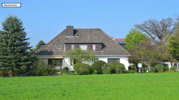 Doppelhaushälfte in 85354 Freising, Heinestr.