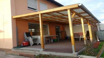 1 3 7 qm REIHENECKHAUS für Familien mit Platzbedarf + Spielgarten + Heizkamin + 2 Bäder + GARAGE