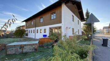 ... AIGNER - behagliche charmante DHH im Landhausstil mit Dachstudio in guter Lage ...