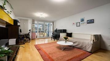 sonnig mit Blick ins Grüne, eine schön geschnittene 3-Zimmer Wohnung in zentraler Lage