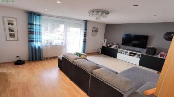 Modernisierte 3-Zimmer-Erdgeschosswohnung mit Balkon und Einbauküche