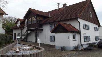 Wohnhaus mit 2 Wohnungen