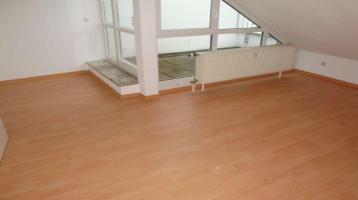 Kapitalanlage, 2-Zi.-Wohnung mit zwei Balkone, TG-Stellplatz, Wfl. ca 49 m²