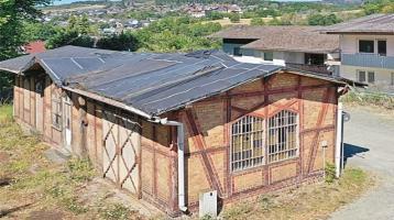 ++ als Lager? ++ ehemaliges Bahnhofsgebäude ++ mit offener hoher Decke ++ provisionsfrei gegen Gebot