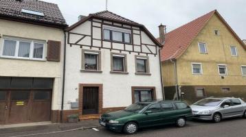 Renovierungsbedürftiges Einfamilienhaus in Mühlacker - Enzberg