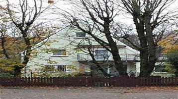 Einfamilienhaus mit Doppelgarage-Top!
