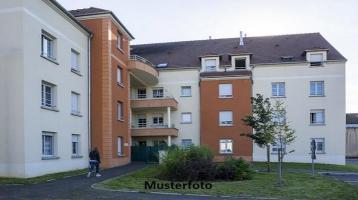 Zwangsversteigerung Wohnung, Töpfergrubenweg in Hof