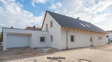 Zwangsversteigerung Haus, Am Heidebruch in München