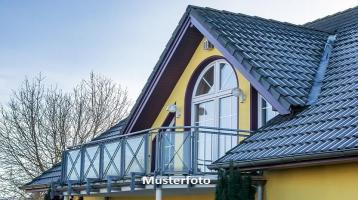 Zwangsversteigerung Haus, Breisgaustraße in Blankenloch-Büchig