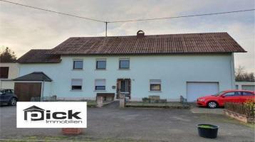 Renovierungsbedürftiges Haus mit viel Potenzial und tollem Grundstück!