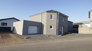 KFW55 Wohnhaus mit zwei Wohnungen in Bitburg