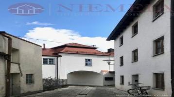 Top Geldanlage: Baulücke mit Baugenehmigung für ein Wohn- und Geschäftshaus in der schönen Altstadt von PFAFFENHOFEN!