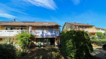 Viel Platz und Potenzial: Geräumiges REH mit sonnigem Garten und Balkon in ruhiger Lage