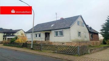 # -HANDWERKERGLÜCK- Einfamilienhaus mit Ausbaupotential #
