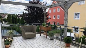 Traumhafte 2,5-Zimmer Wohnung mit sonniger Dachterrasse in Dachau zu verkaufen!