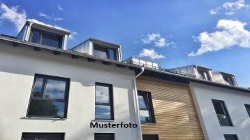 Zwangsversteigerung Wohnung, Adalbert-Stifter-Straße in Karlsruhe